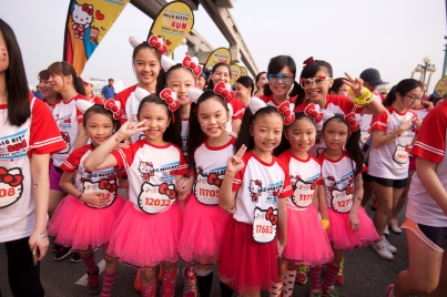 Hello-Kitty-Singapore-Run-2014-Credit-Pink-Apple-11